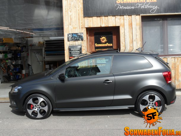 vw polo gti gets diamond matte black wrap autoevolution. Black Bedroom Furniture Sets. Home Design Ideas