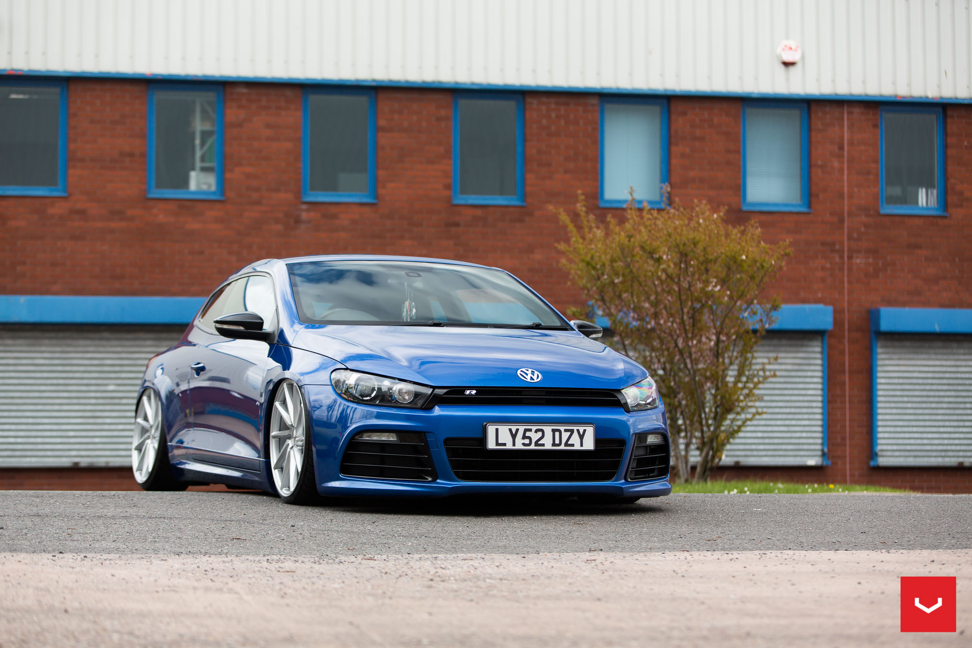 VW Scirocco on Vossen CVT and VLE-1 Wheels Showcased in the UK - autoevolution
