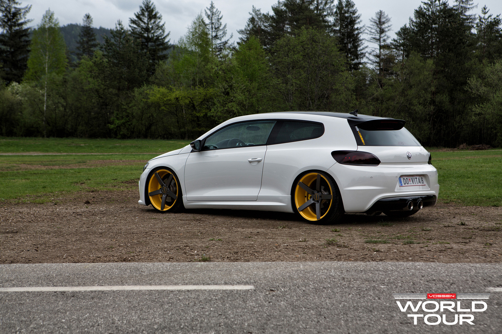 vw scirocco r slammed on vossen wheels autoevolution. Black Bedroom Furniture Sets. Home Design Ideas