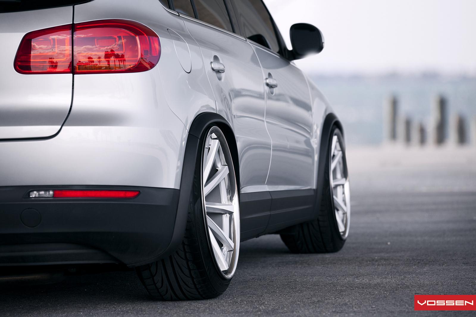 VW Tiguan Bagger on 20-Inch Vossen Wheels - autoevolution