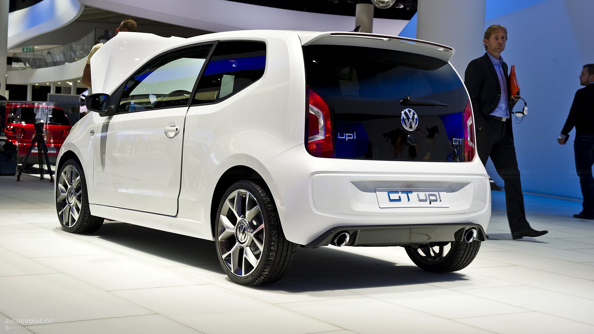 volkswagen up gti to heat up the hot hatch scene autoevolution. Black Bedroom Furniture Sets. Home Design Ideas