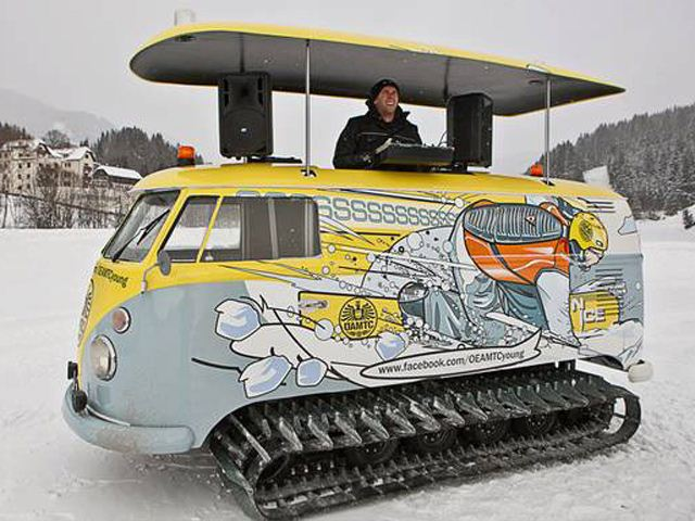 VW Van Turned into Tank-Tracked Party House - autoevolution