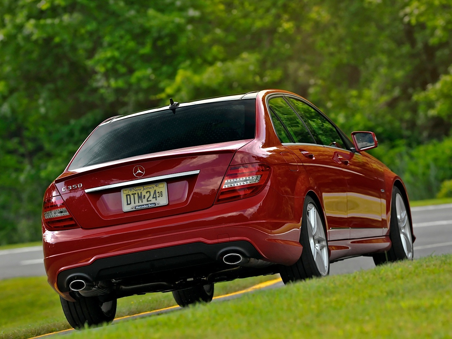 Mercedes-Benz USA Recalls C-Class W204 For Taillights ...