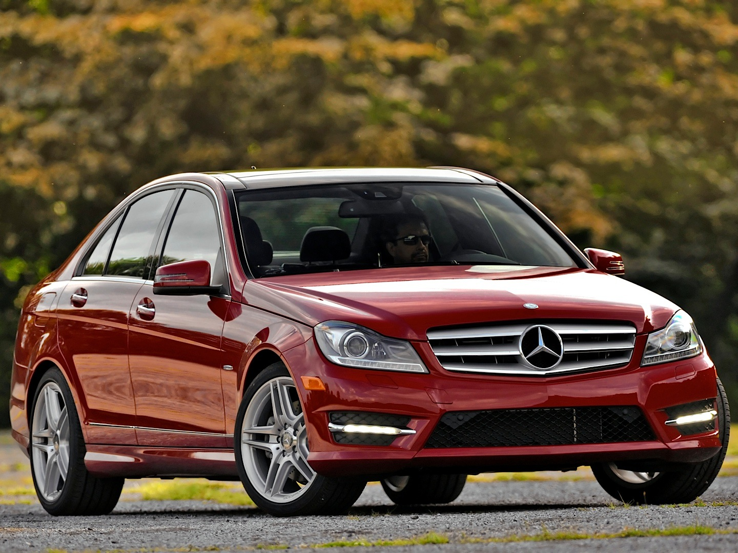 mercedes benz usa recalls c class w204 for taillights. Black Bedroom Furniture Sets. Home Design Ideas