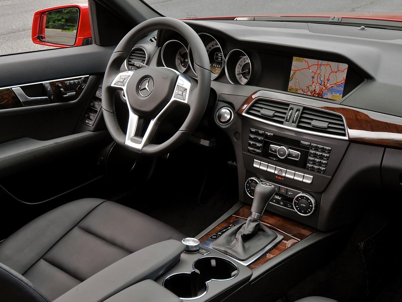 Mercedes Benz Usa Recalls C Class W204 For Taillights Problem Autoevolution