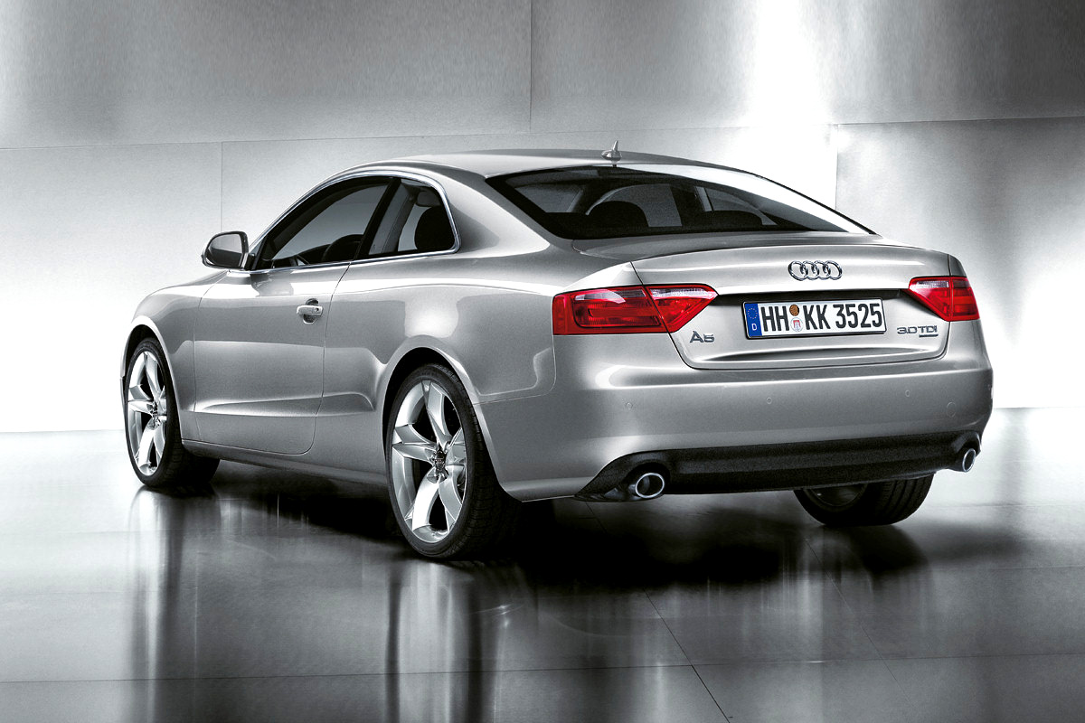 walter de silva praises audi a5 coupe design autoevolution. Black Bedroom Furniture Sets. Home Design Ideas