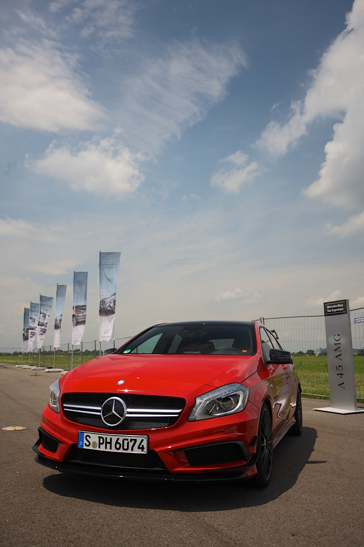 we drive the a 45 slk 55 e 63 and sl 63 amg at mercedes benz roadshow 2014 autoevolution. Black Bedroom Furniture Sets. Home Design Ideas