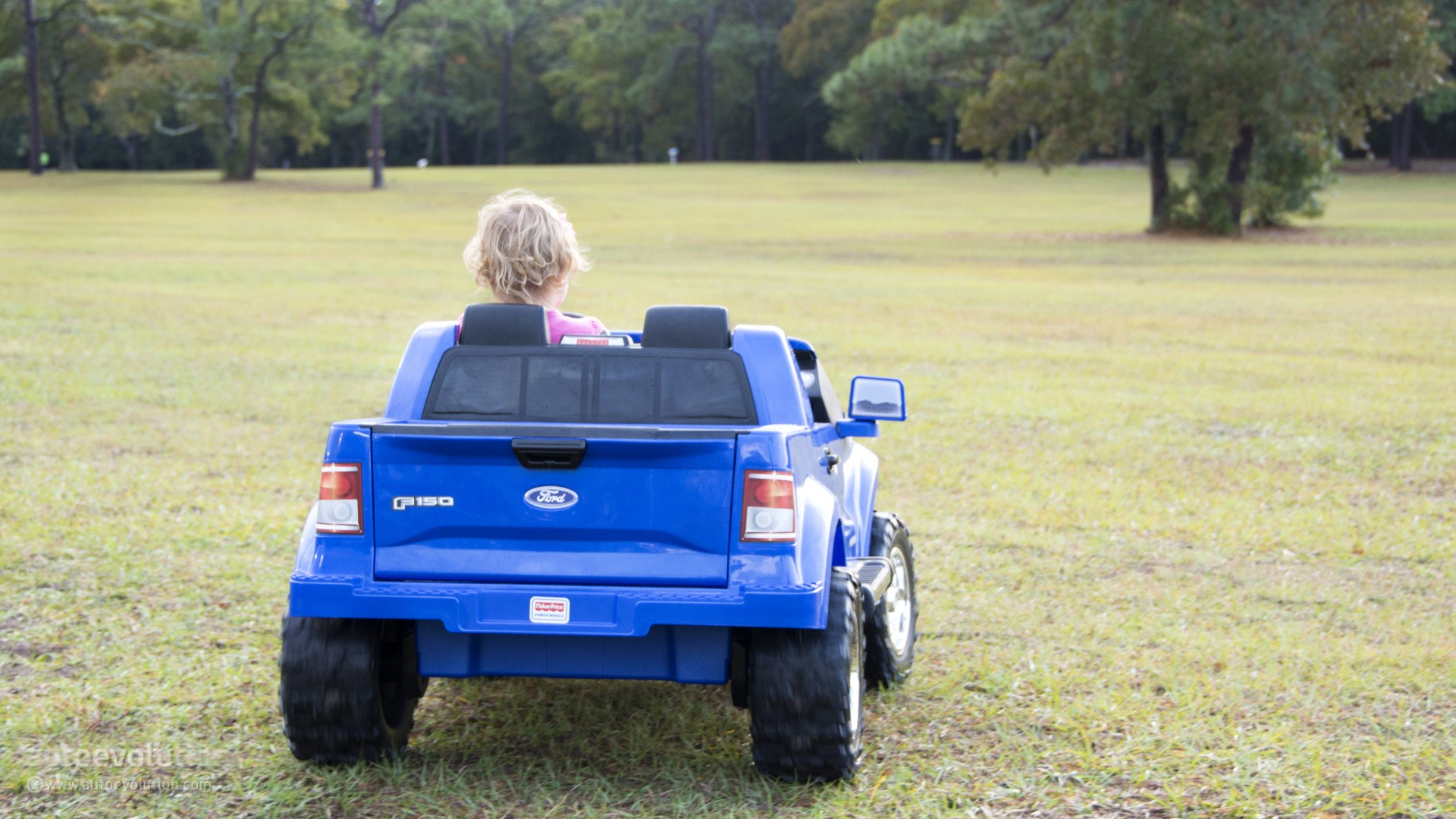 we review the power wheels ford f 150 the best kid trucker gift autoevolu. Cars Review. Best American Auto & Cars Review