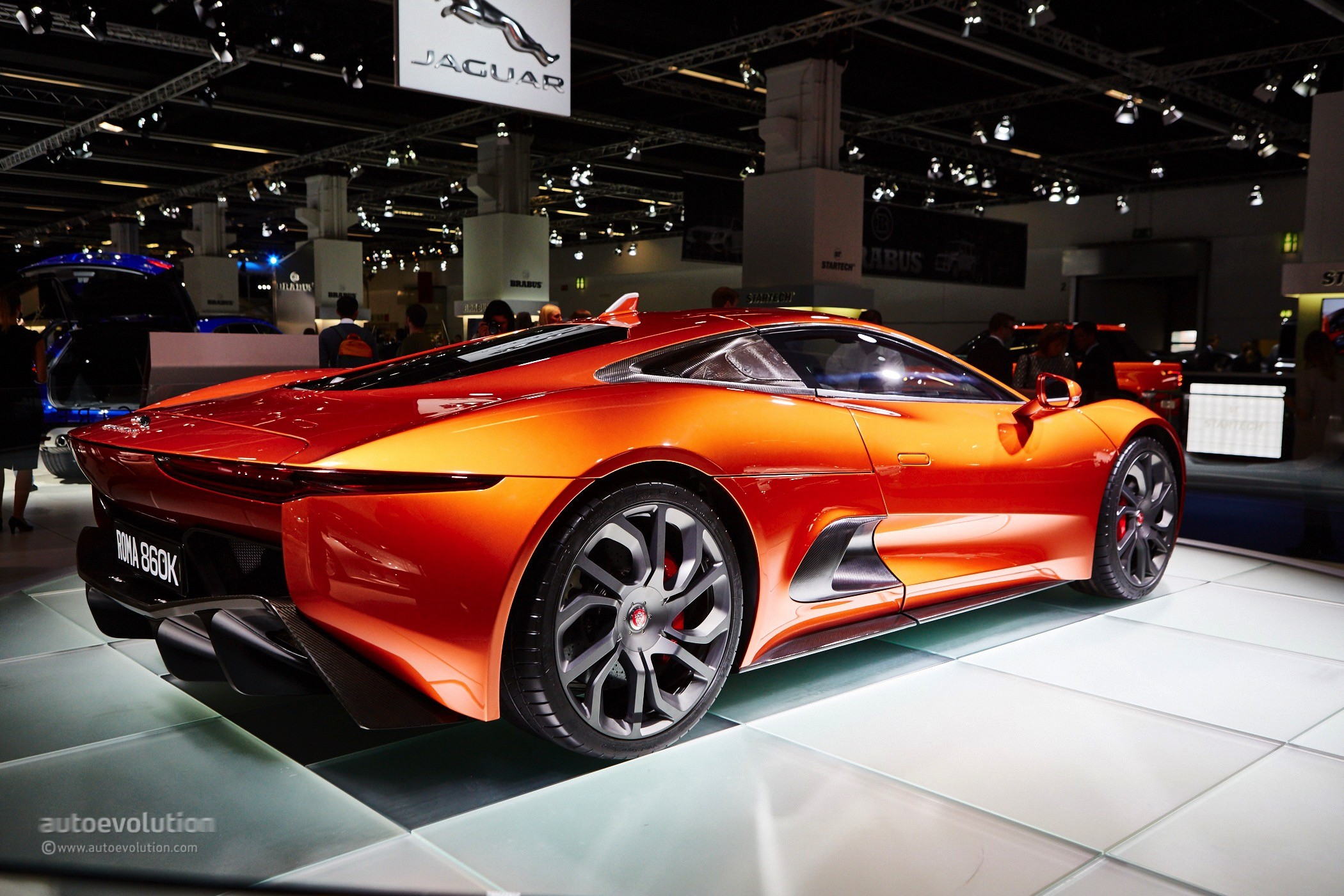 the jaguar c x75 is amazing in the flesh photo gallery autoevolution. Black Bedroom Furniture Sets. Home Design Ideas