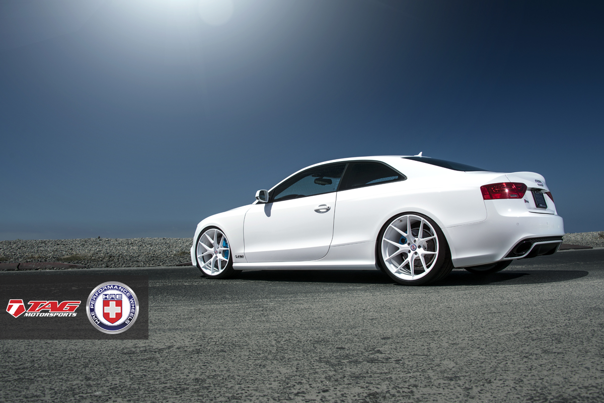 Audi A4 White >> White Audi RS5 on HRE Wheels Looks Classy - autoevolution