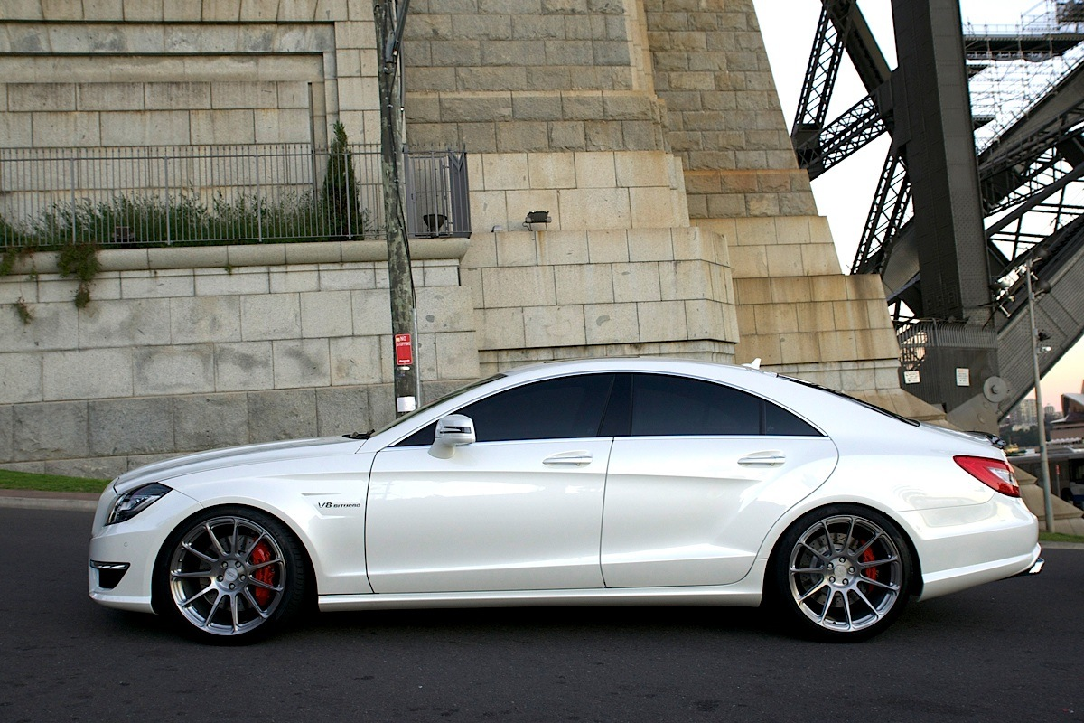 157994 besides 154575 furthermore White Cls 63 Amg With Hre Wheels Is Like An Apple Surgical Tool Photo Gallery 67358 additionally 2006 Infiniti M35 Pictures C2239 pi36660258 furthermore 150333. on 2012 maxima coupe