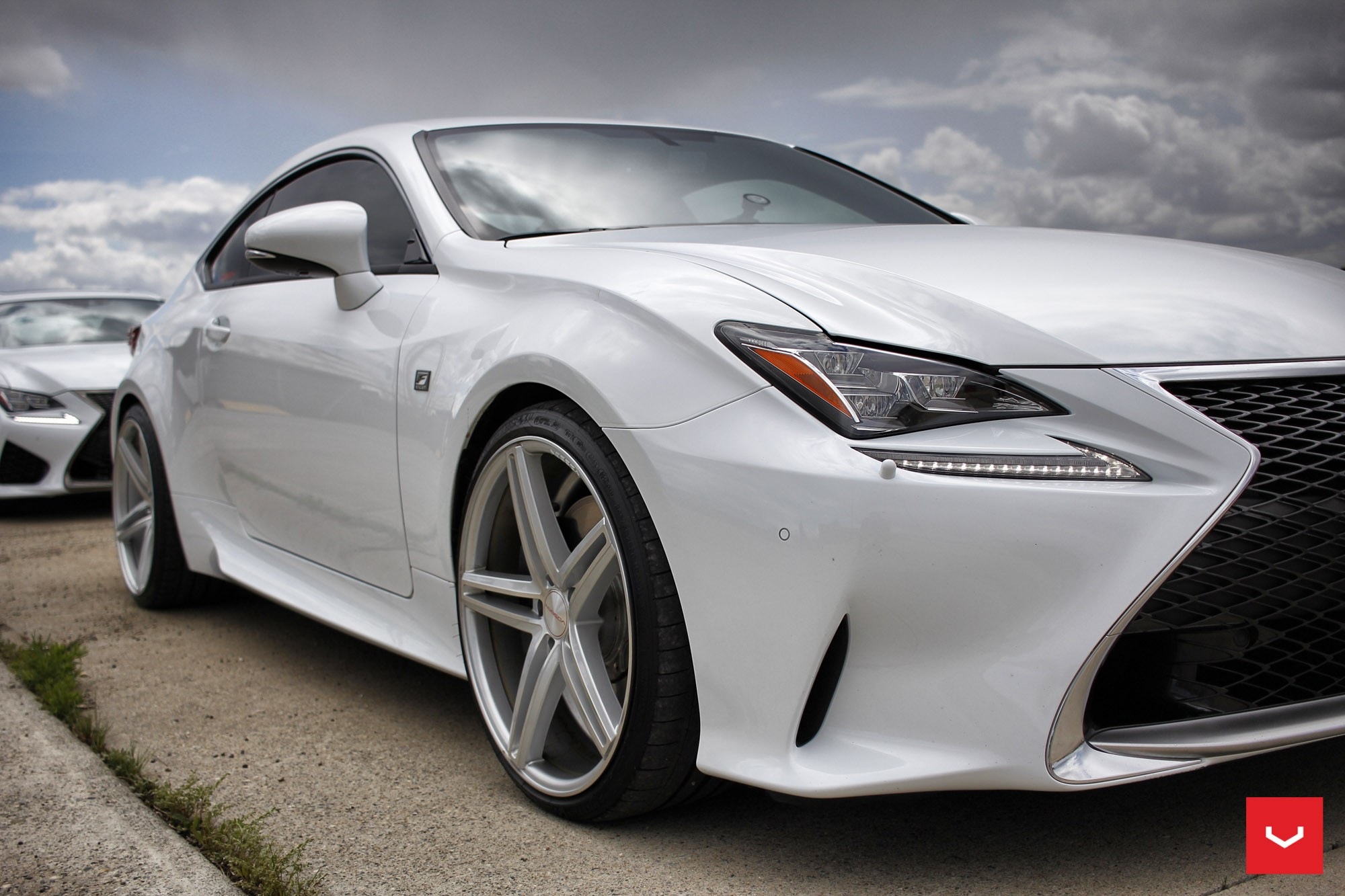 2015 Lexus Gs >> White Lexus RCF on Vossen Wheels Has the Look of a Cult ...