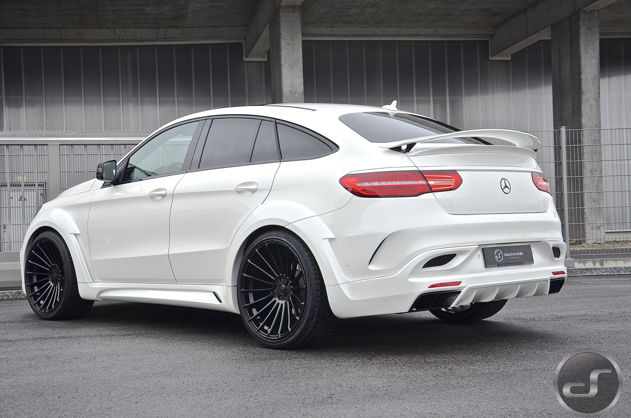white mercedes gle coupe with hamann body kit has a wing. Black Bedroom Furniture Sets. Home Design Ideas