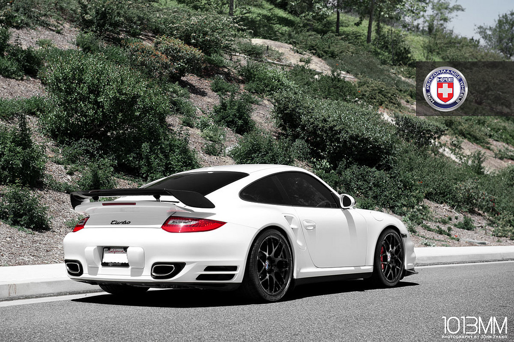 White Porsche 997 Turbo On Hre Wheels Autoevolution