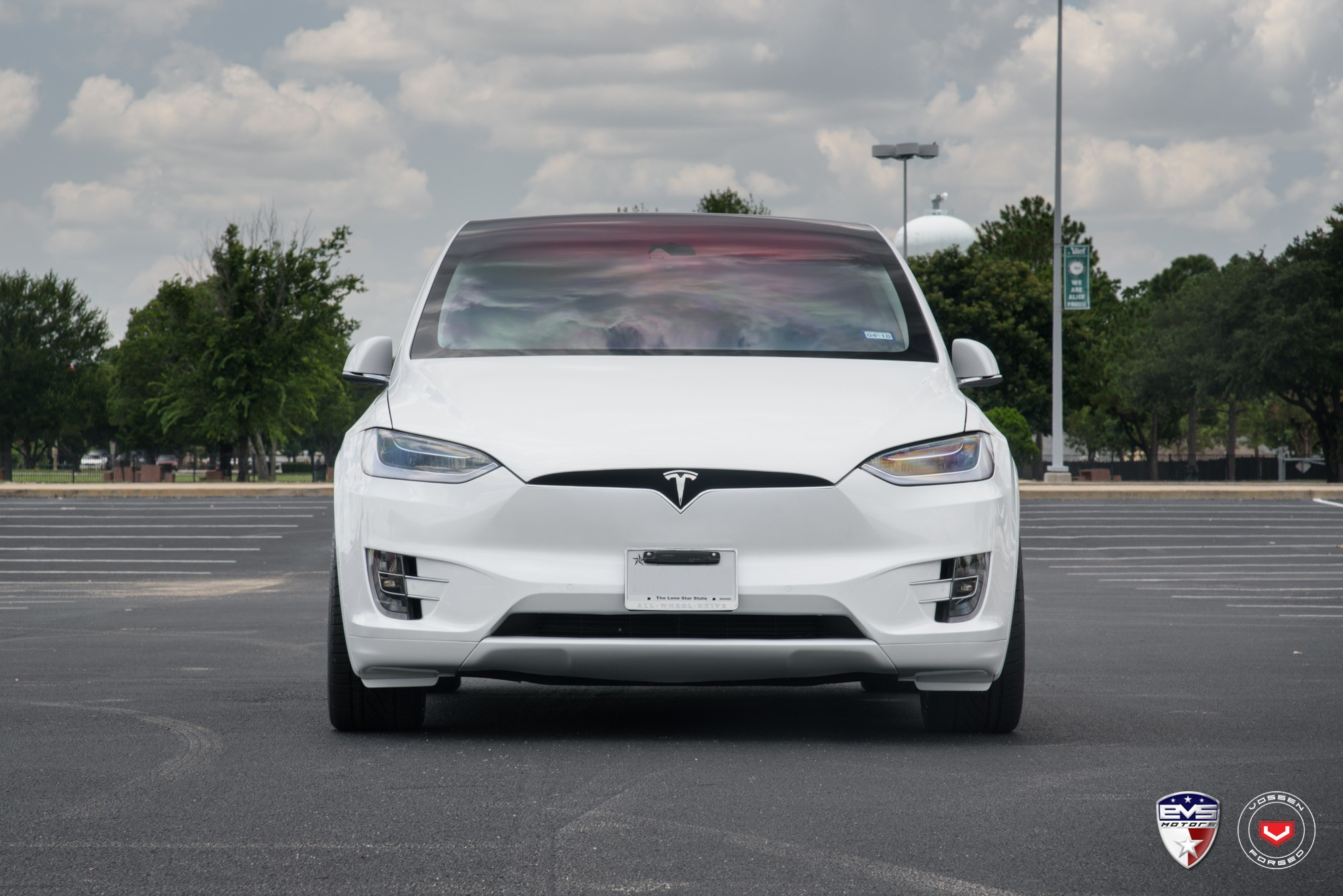 Tesla Model X Range >> White Tesla Model X Sits on Gold Vossen Forged Wheels - autoevolution