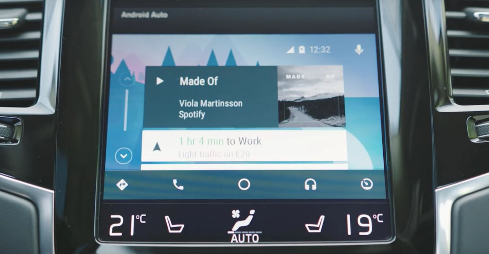 Why Volvo Thinks Its Apple CarPlay and Android Auto Are The Best - autoevolution