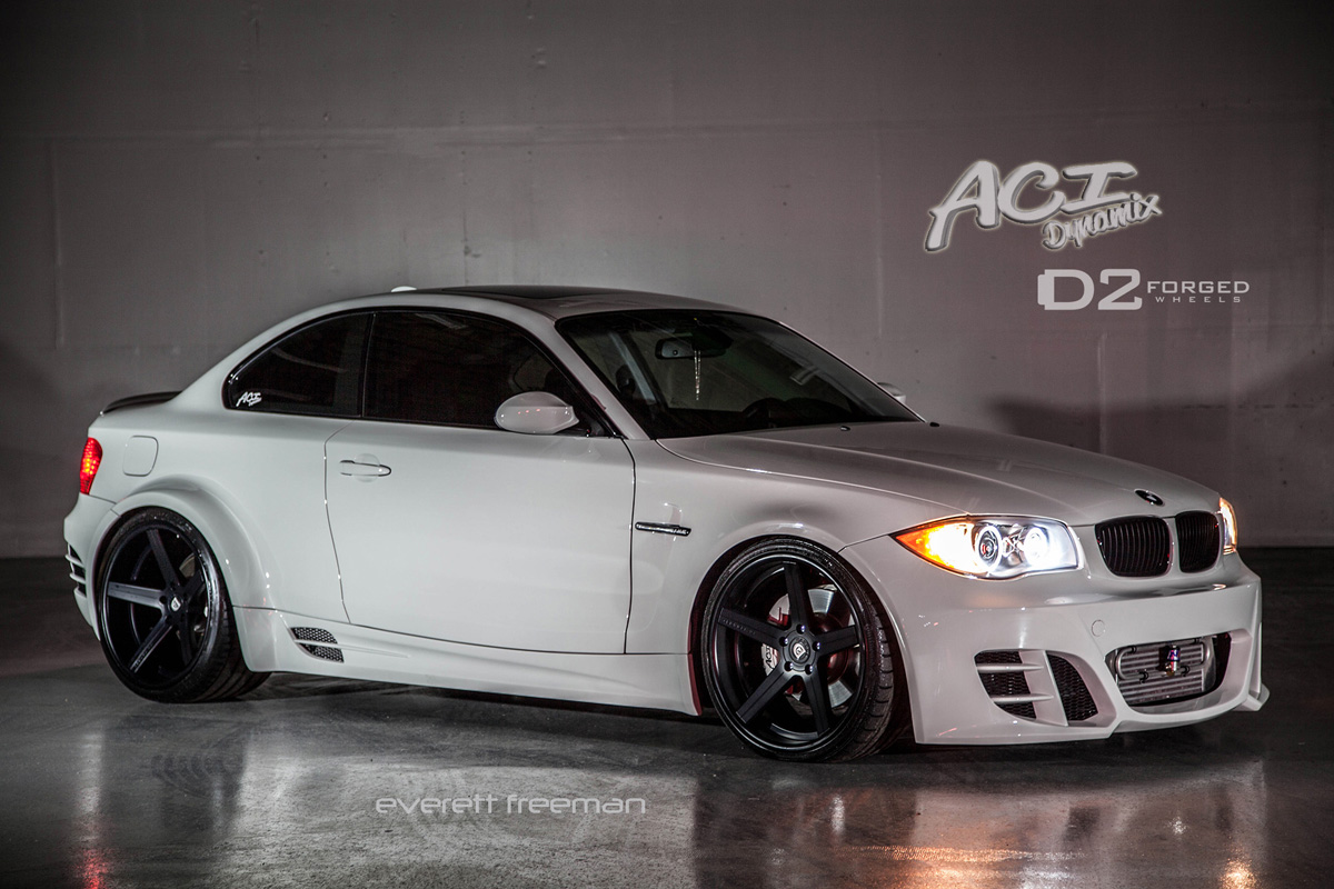 Wide Body Bmw 135i On 20 Quot D2forged Cv2 Wheels Autoevolution