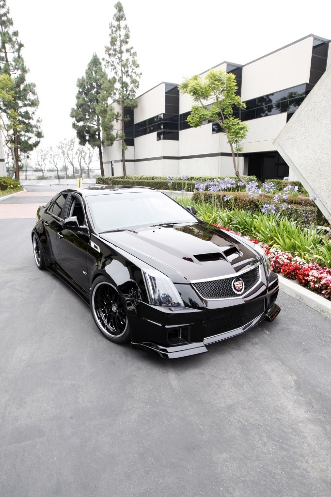 widebody cadillac cts v flexes its muscles autoevolution. Black Bedroom Furniture Sets. Home Design Ideas