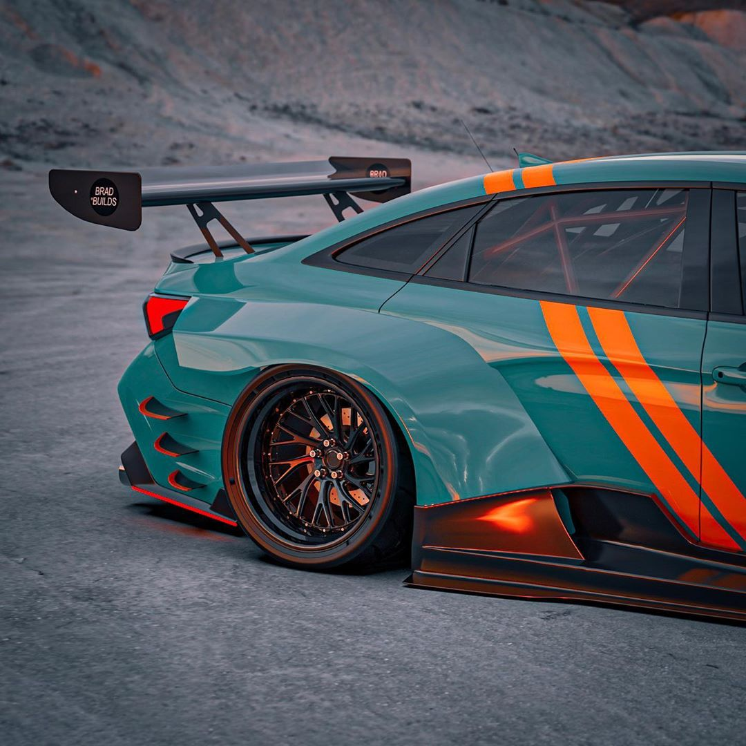 Widebody Toyota Avalon Race Car Defies Convention, Looks