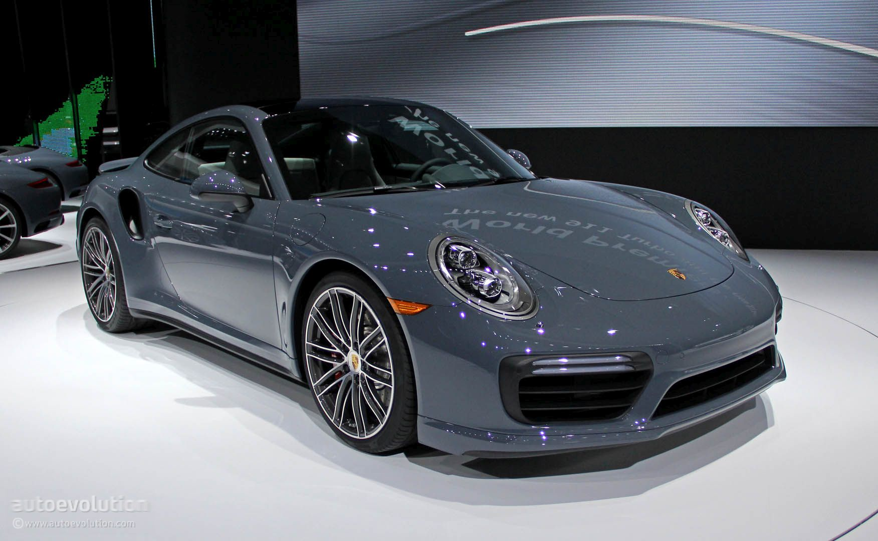 wild boar porsche 911 turbo s cabriolet wrap looks brutal. Black Bedroom Furniture Sets. Home Design Ideas