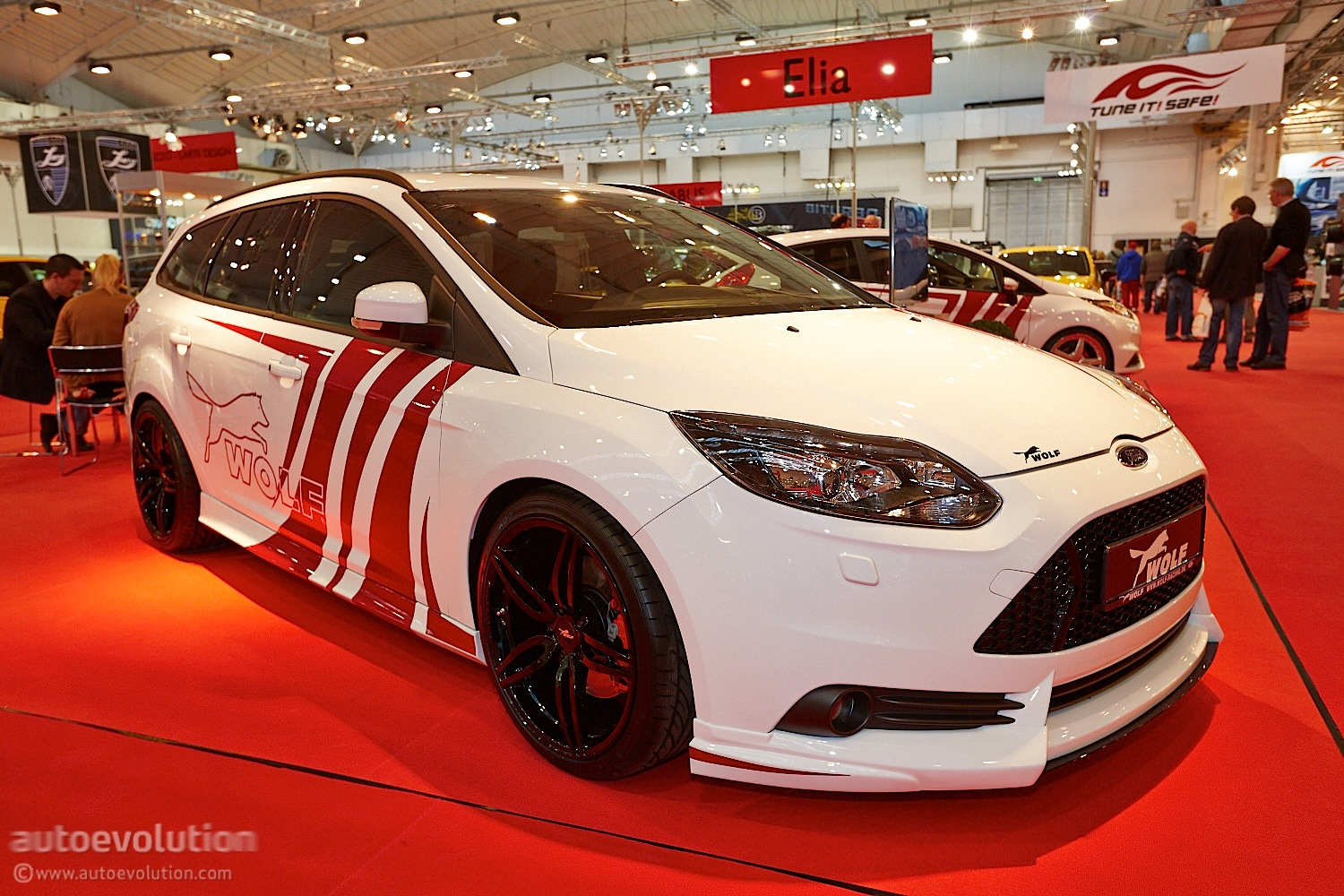 Wolf Racing Ford Focus St 370 Estate At Essen 2013 Live