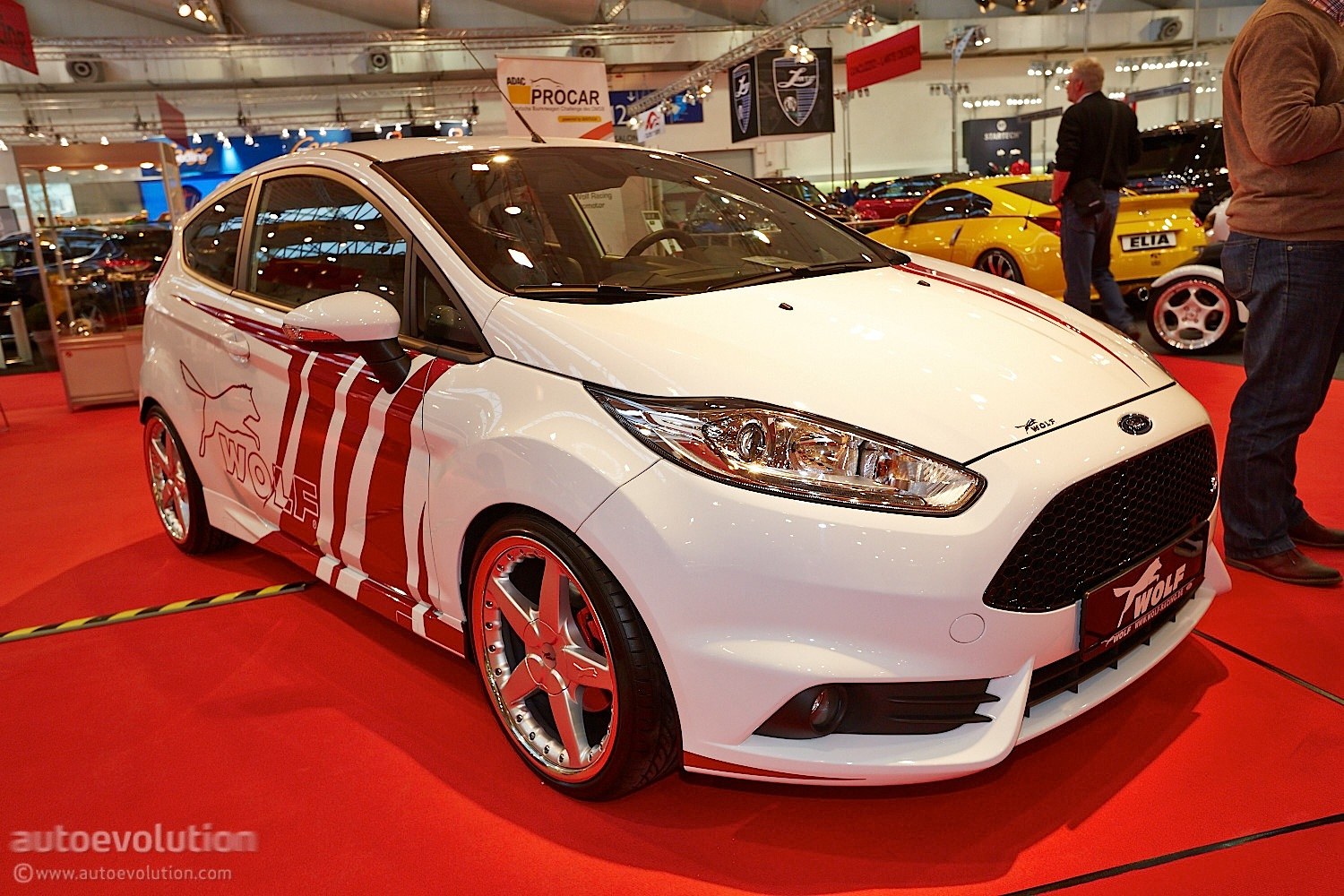 Wolf Racing Ford Focus ST 370 Estate at Essen 2013 [Live ...