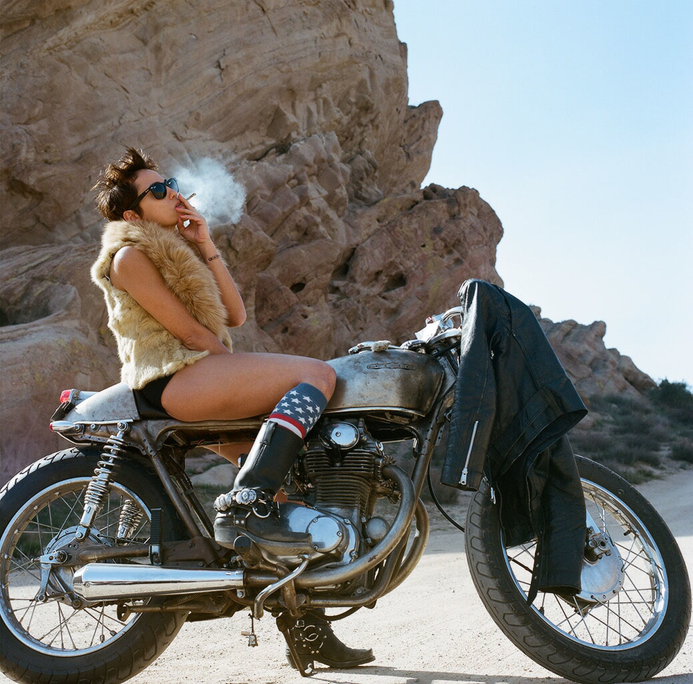 Women And Motorcycles Photo Exhibition at the Riverside ...