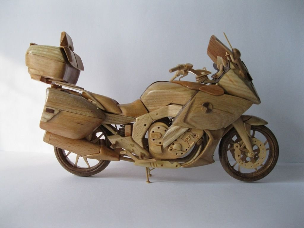 Wooden bmw k 1600 gtl motorcycle shows up in ukraine photo gallery