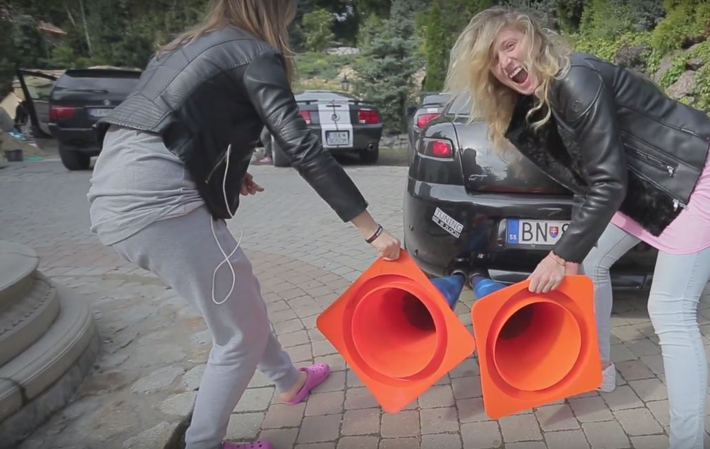 Slovakian Beauties Get Dirty While Playing With Traffic