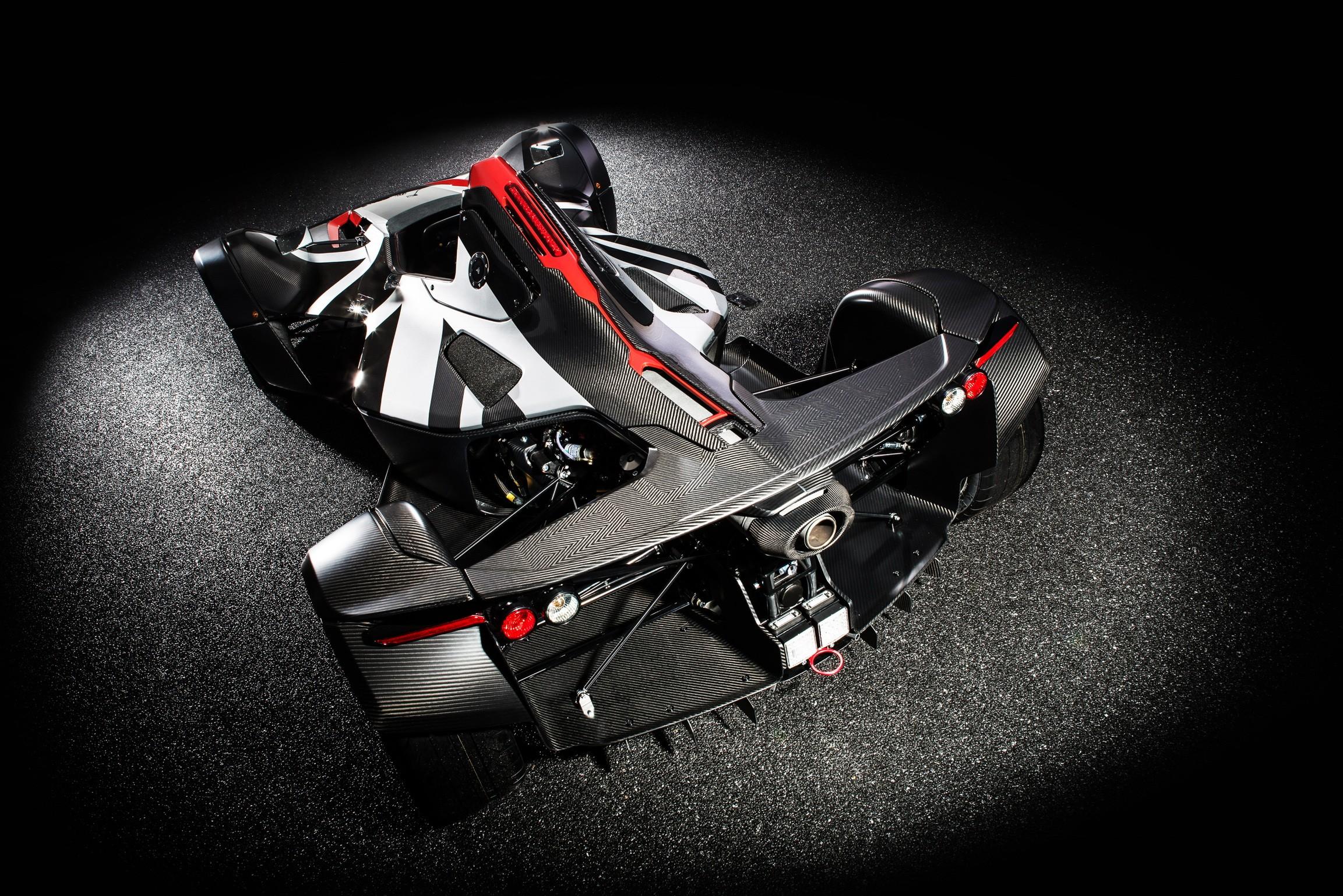World First Bac Develops Graphene Bodied Car Autoevolution
