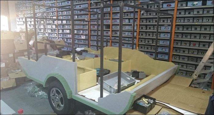 Towed Car Finder >> QTvan Is World's Smallest Scooter Caravan - autoevolution