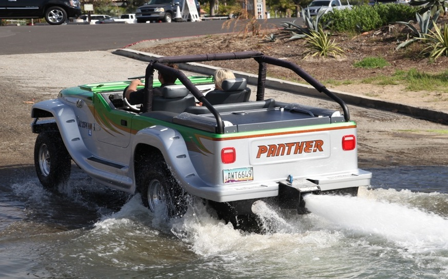 World's Fastest Amphibious Car Is Powered by a 300-hp Honda Engine - autoevolution