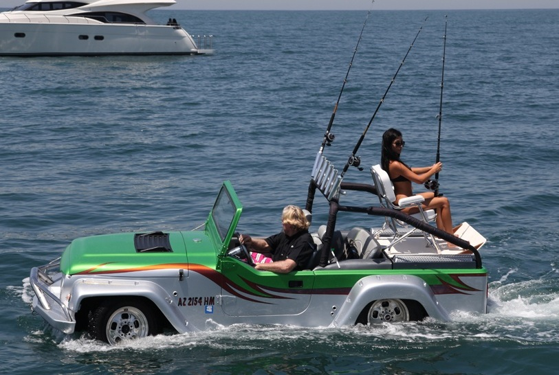 World's Fastest Amphibious Car Is Powered by a 300-hp Honda Engine