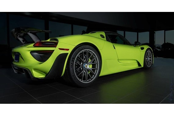 would you pay 2 9 million for this acid green porsche 918. Black Bedroom Furniture Sets. Home Design Ideas