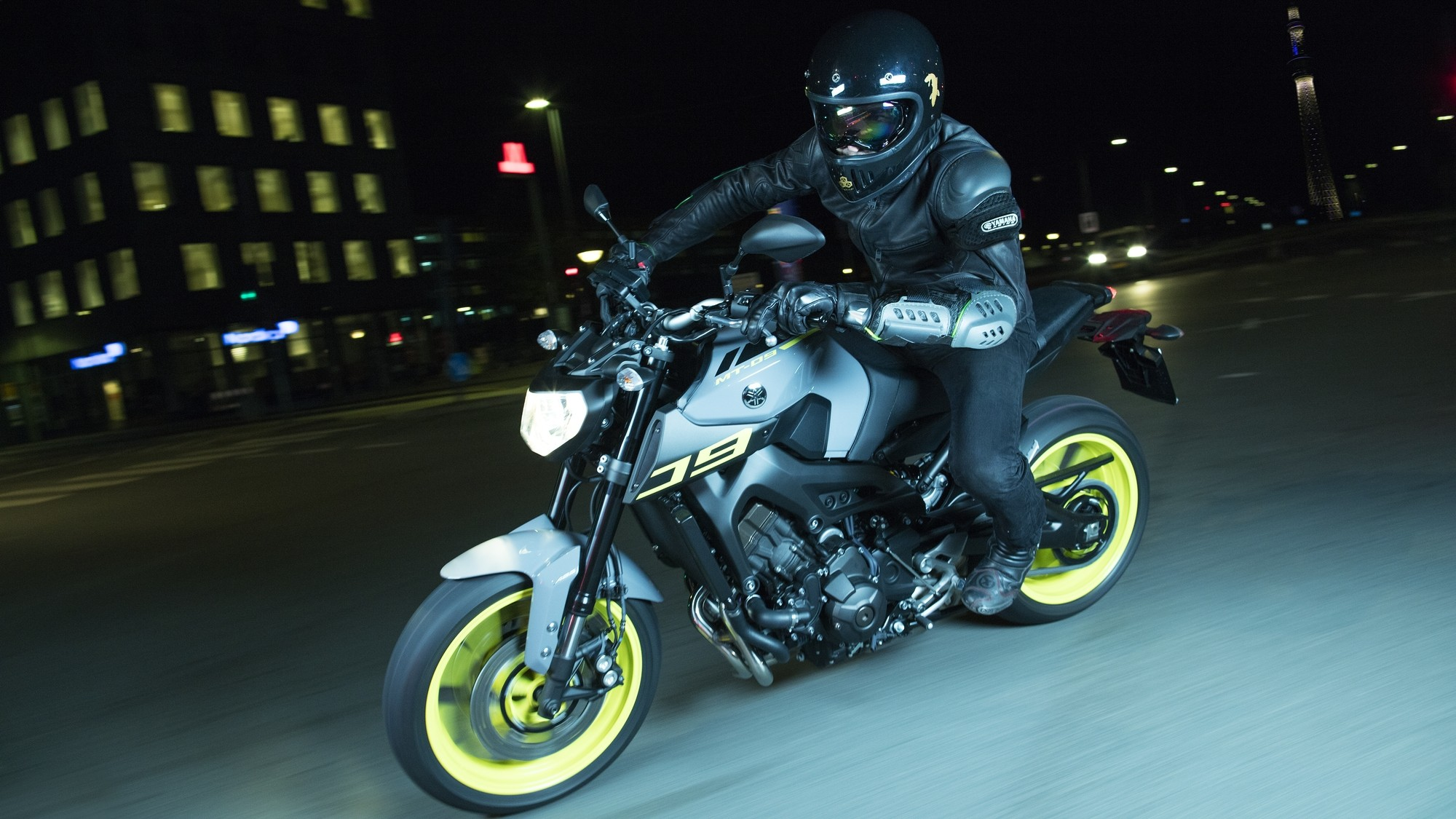 Yamaha Adds Night Fluo To More Mt Bikes Shows The Mt 07