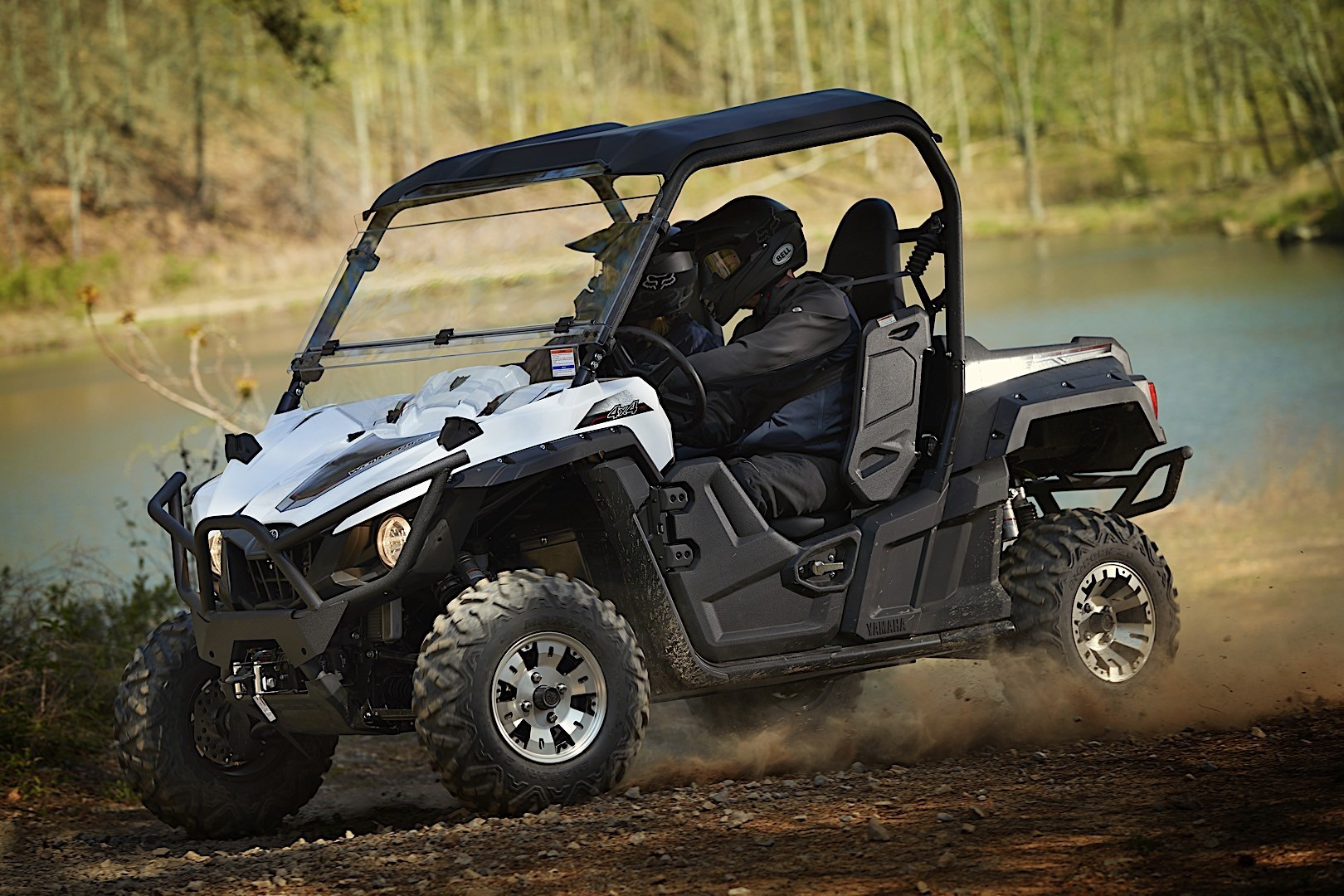 Yamaha Side By Side >> 2018 Yamaha Wolverine X4 Side By Side Carries Up To Four