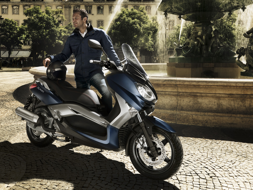 yamaha reveals 2010 xmax 250 and 125 scooters autoevolution