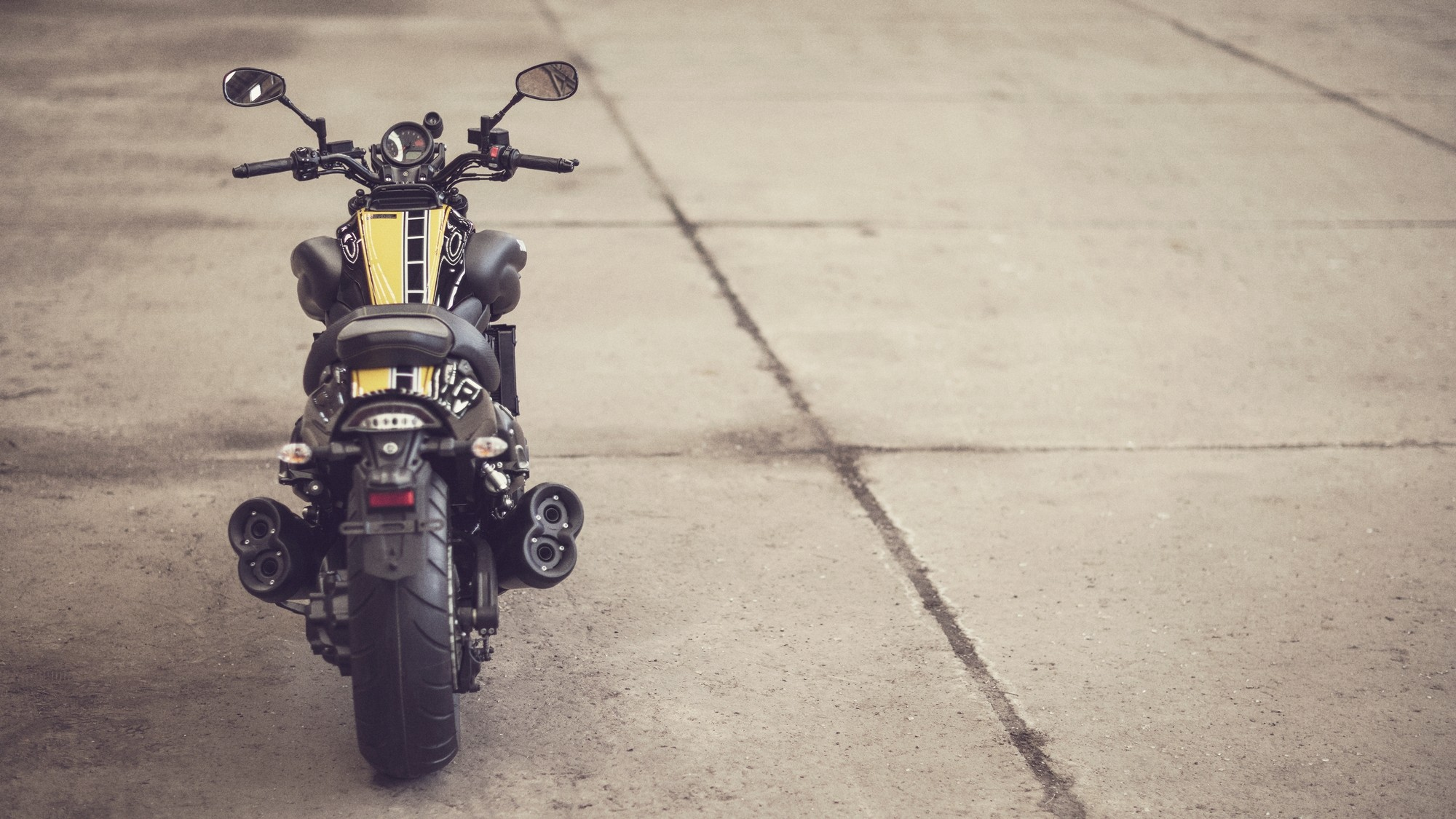 Yamaha VMAX 60th Anniversary Shows How the Bike Should