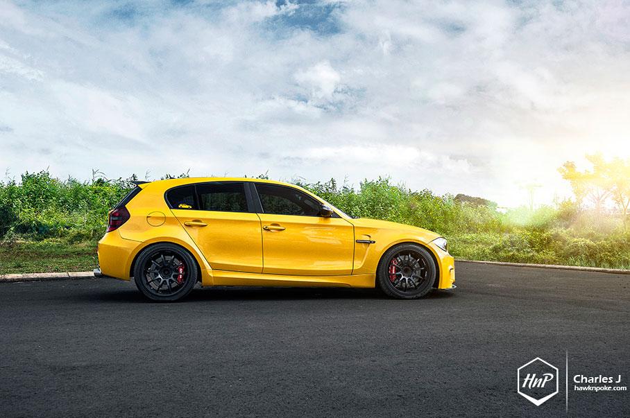 yellow fascination bmw 1m hatchback autoevolution. Black Bedroom Furniture Sets. Home Design Ideas