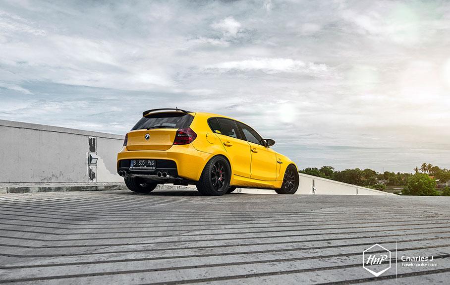 Bmw M Series Logo >> Yellow Fascination: BMW 1M Hatchback - autoevolution