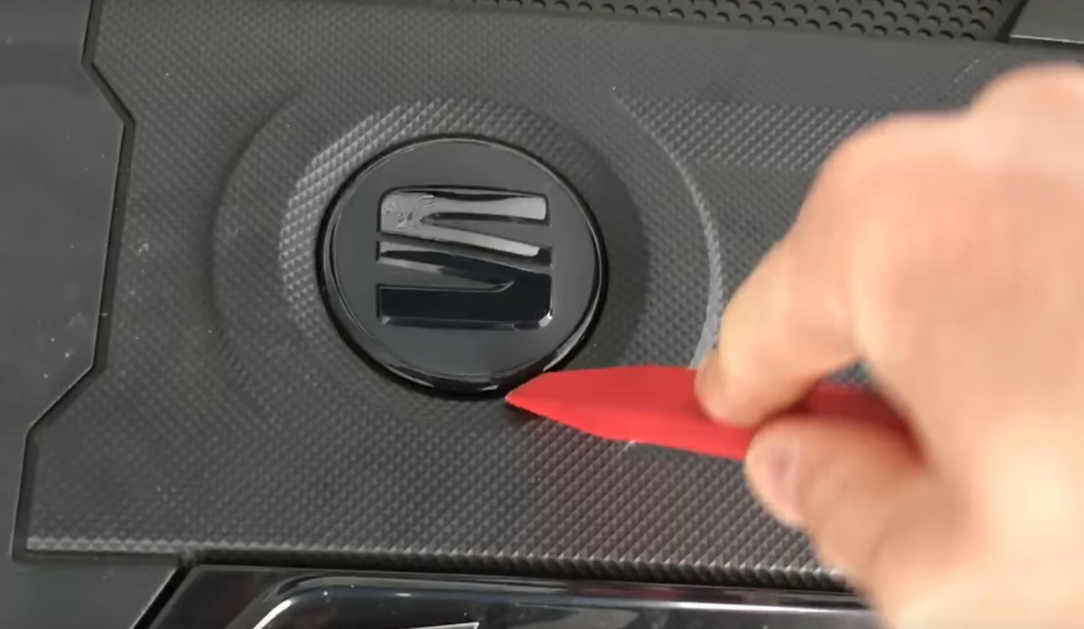 Yes Skoda Engine Covers Have Volkswagen Badges Underneath