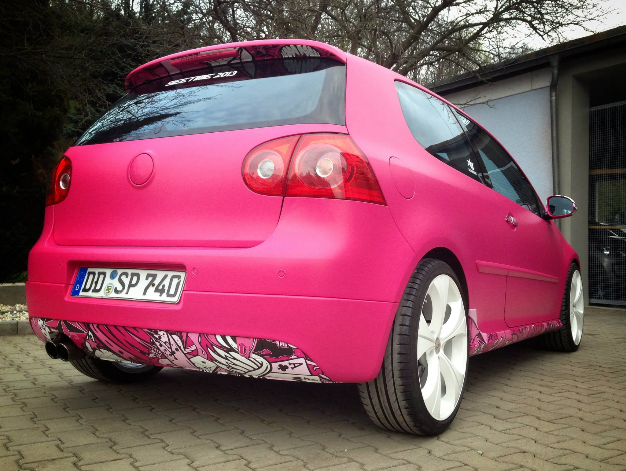 VW Golf For Sale >> Yes, This Is a Pink VW Golf GTI! - autoevolution