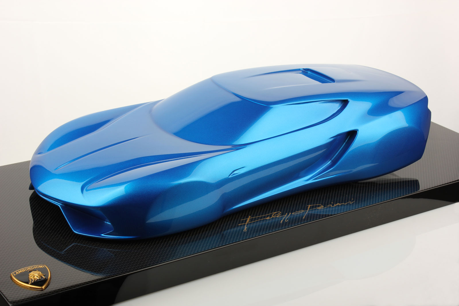 You Can Now Buy The Lamborghini Asterion Sculpture Or Scale Model Autoevolution