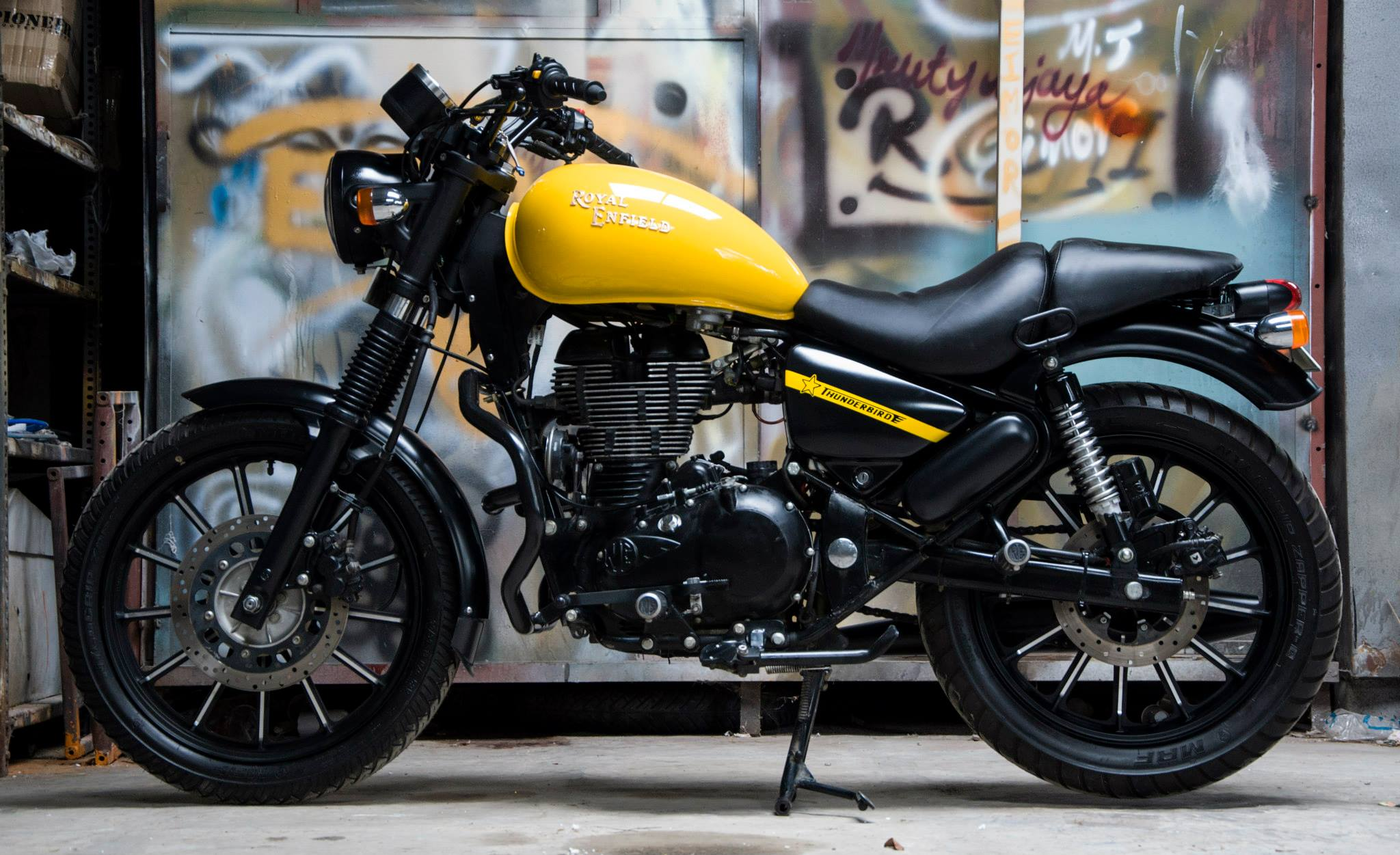 Safest Motorcycle Helmet >> You Will Fall in Love with This Royal Enfield Thunderbird ...