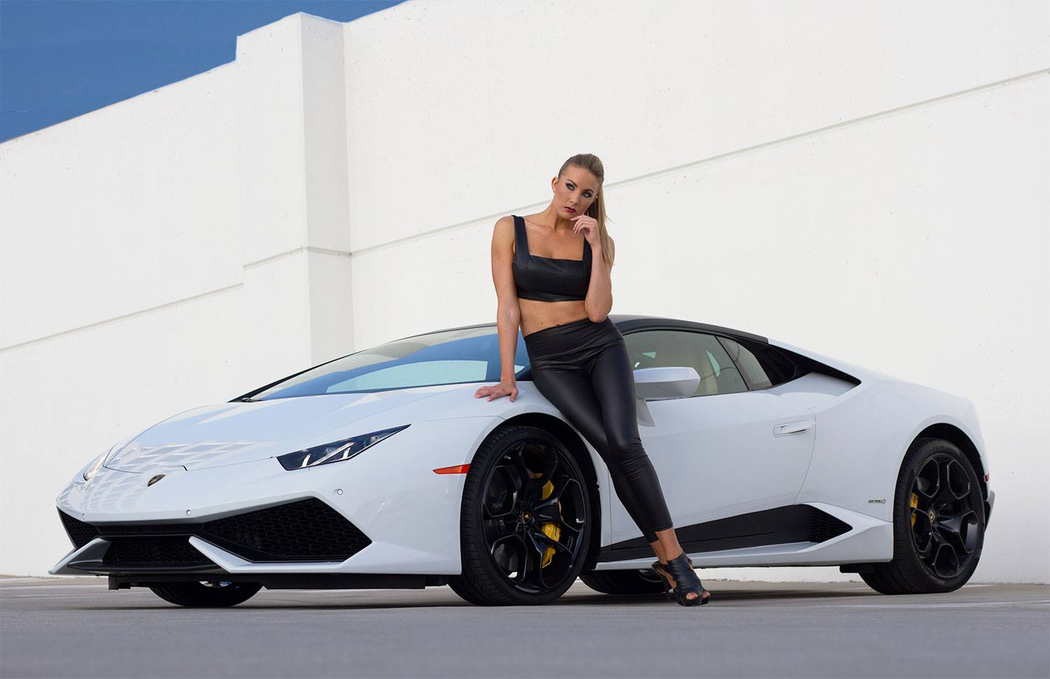 your lamborghini huracan and blonde model fantasy photos are served autoevolution. Black Bedroom Furniture Sets. Home Design Ideas