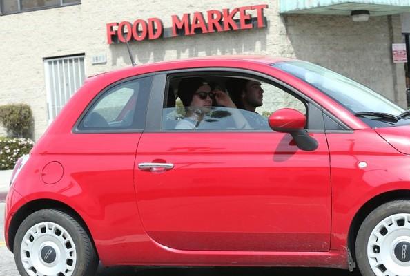 Zac Efron In Fiat 500