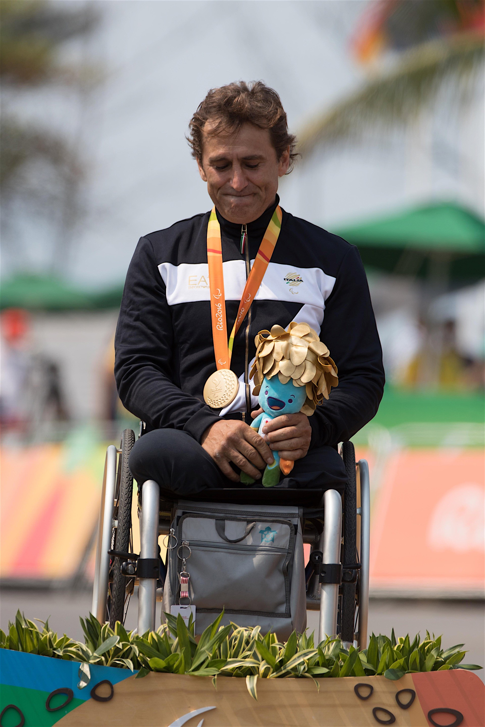 What Does Camaro Mean >> Alessandro Zanardi Wins Gold Medal In Paralympic Hand-Cycling Competition In Rio - autoevolution