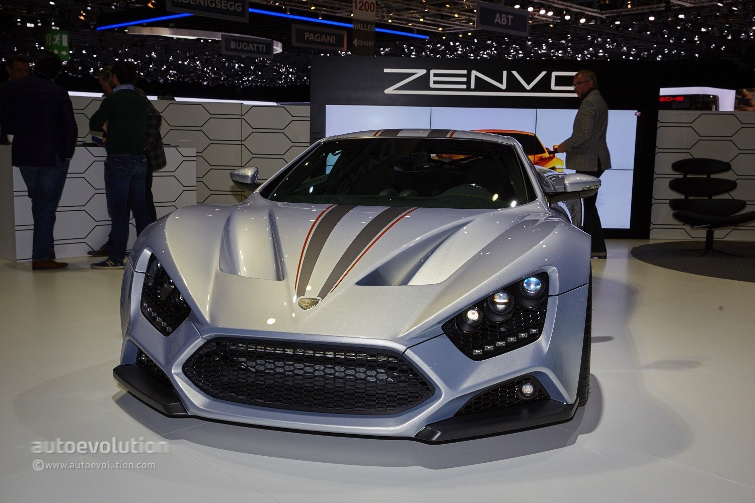 Zenvo Supercar Shows Up In Geneva With New Transmission