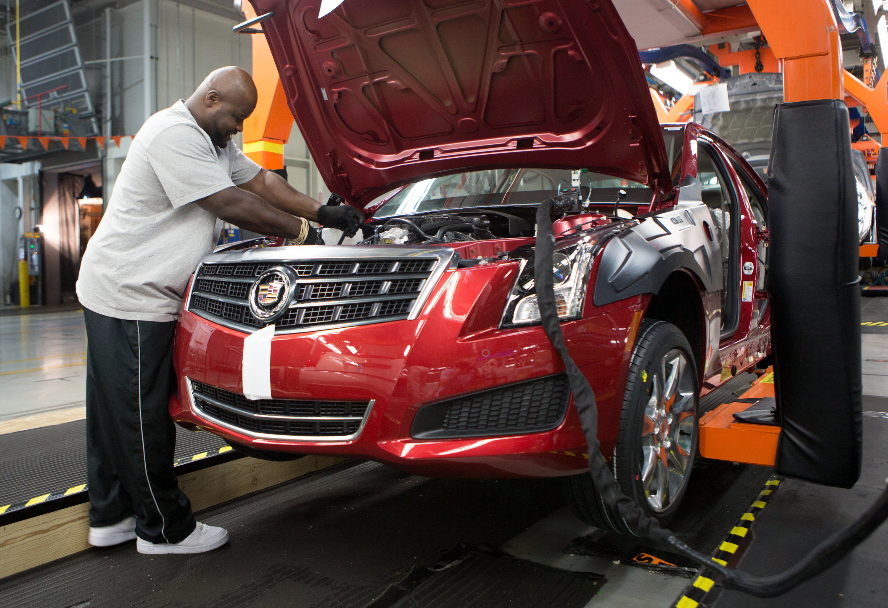 General Motors Laying Off A Shift At Lansing Grand River