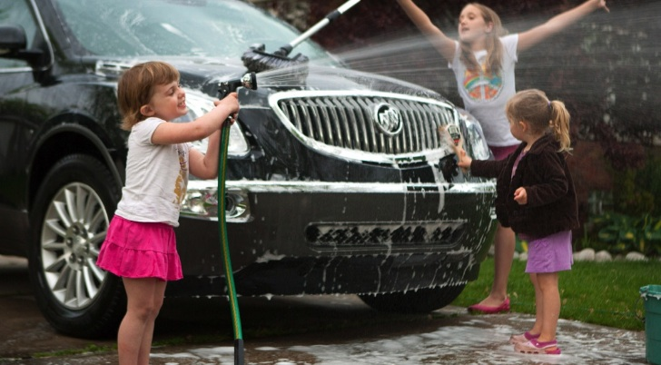 General Motors Suggests Washing Car as Mother's Day Gift